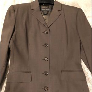 Beautiful Banana Republic ladies pant suit worn 2X